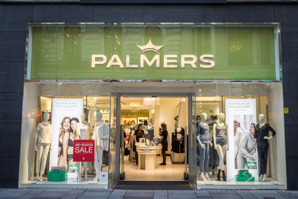 Front view Palmers Store